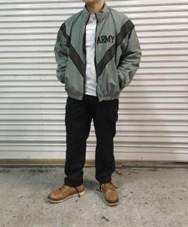 【U.S.ARMYトレーニングジャケット】洋服好きで話題!種類やサイズ感を詳しく紹介